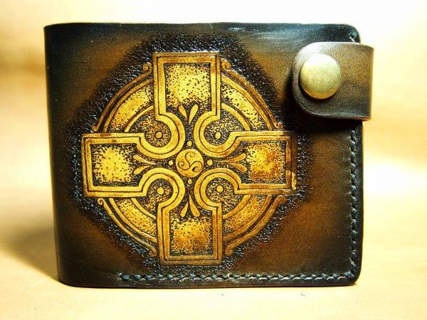 кожаный кошелек кельтский фото