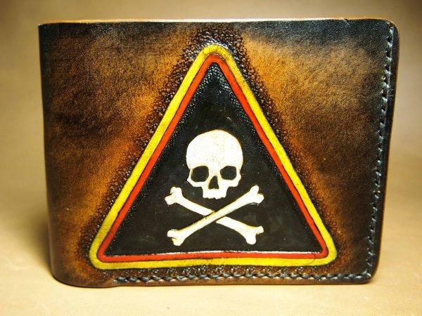 кожаный кошелек череп опасность фото