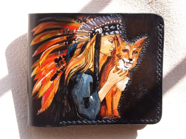 кожаный кошелек с девушкой и лисой фото