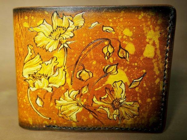 кожаный коричневый кошелек с цветами фото