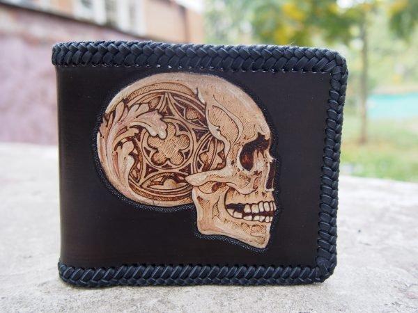 кожаный кошелек череп с узорами фото