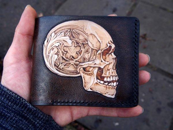 кошелек с черепом в стиле готики 8