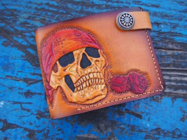кошелек с черепом пирата фото 2