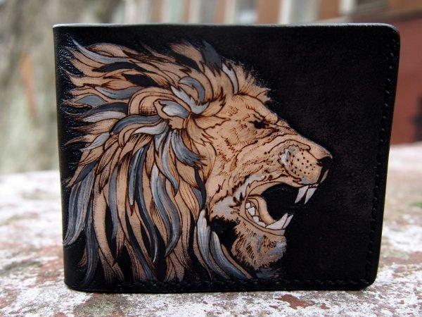 кожаный кошелек лев фото