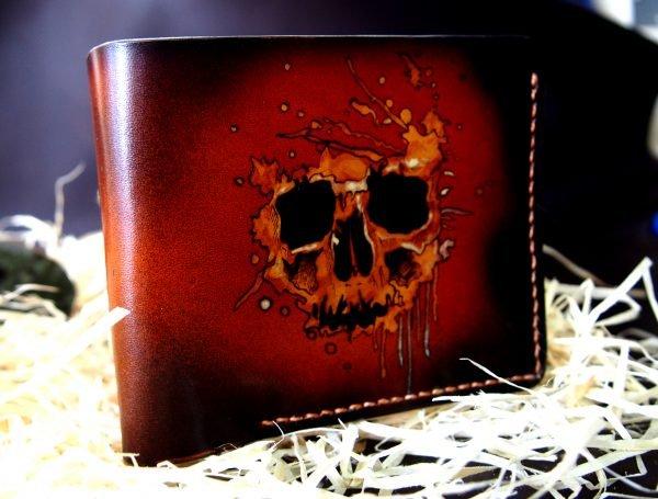 кошелек с рисунком черепа в кляксе фото