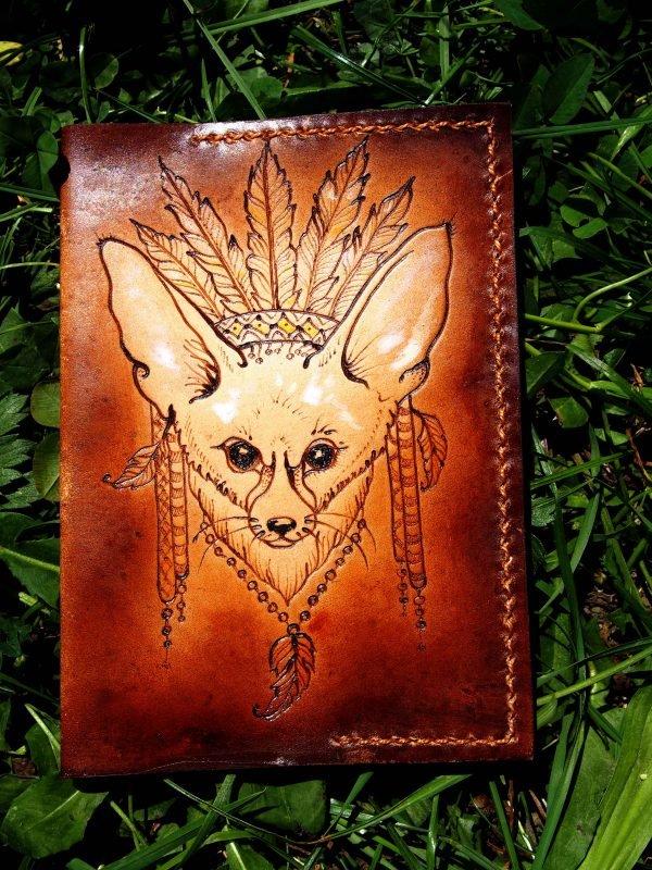 Кожаная обложка на паспорт Лиса Фенек фото