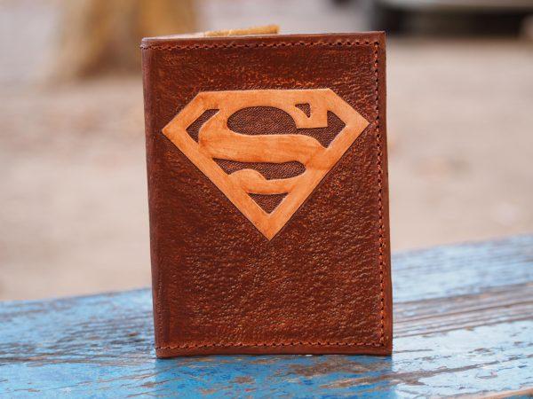 Кожаная обложка на паспорт Супермен фото