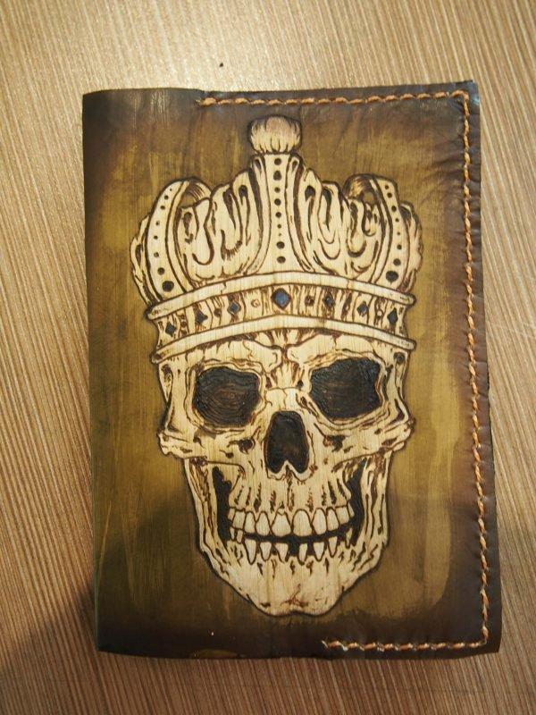 Кожаная обложка на паспорт Император фото
