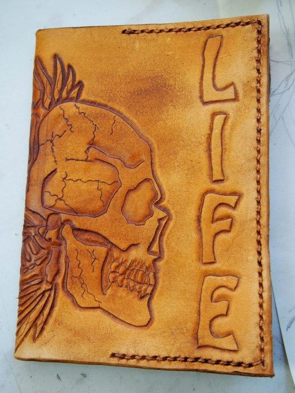 Кожаная обложка на паспорт Череп фото 1
