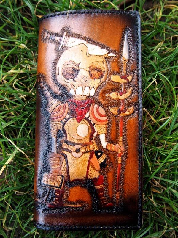 кожаный кошелек с черепом фото 2