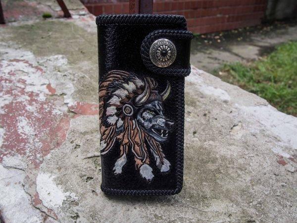 кошелек с волком изображение