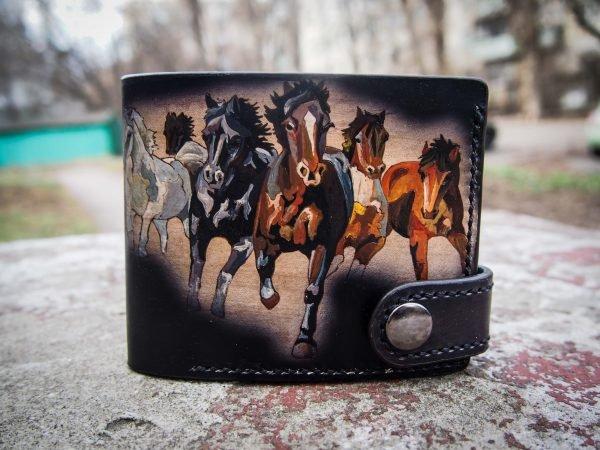 кошелек табун лошадей фото 3