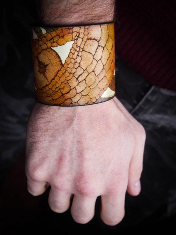 Кожаный браслет Глаз дракона 2