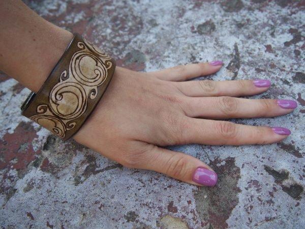 Кожаный браслет Круги