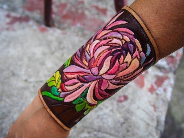 Кожаный браслет Хризантема 9