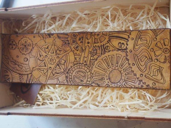 Кожаный браслет Стимпанк