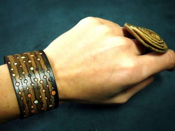 Кожаный браслет Круги 1