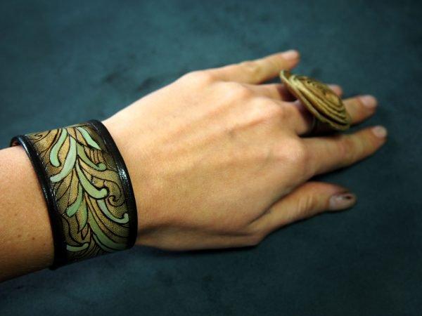 Кожаный браслет Листья 1