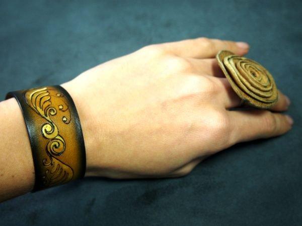 Кожаный браслет Волна 1