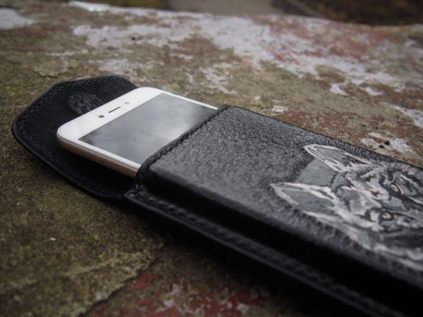 кожаный чехол на телефон фото 7