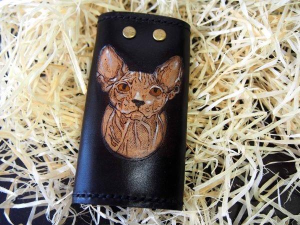 кожаная ключница с котом фото 1