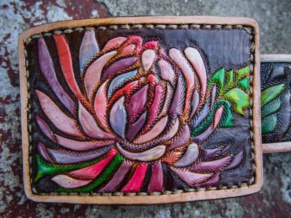 кожаная пряжка хризантемы фото