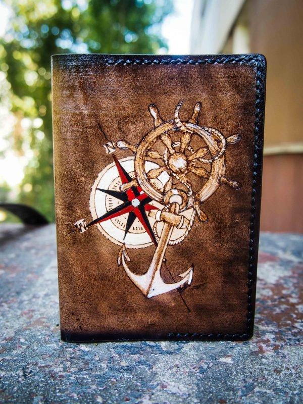 кожаная обложка на паспорт якорь и штурвал подарок моряку фото 6