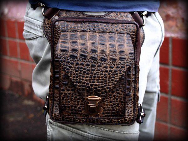 поясная кожаная сумка из кожи крокодила фото 4