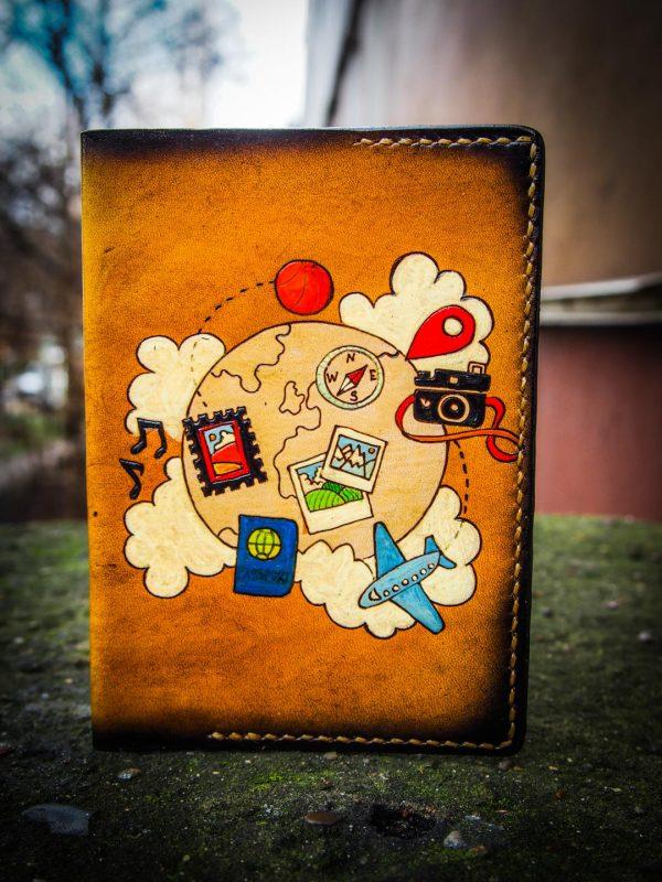 кожаная обложка на паспорт туризм фото