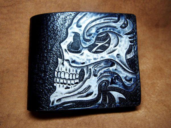 кожаный бумажник череп биомеханика фото 1