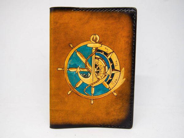 Кожаная обложка на паспорт со штурвалом и якорем изображение
