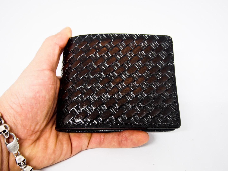 Кожаный кошелек с тиснение мужской фото