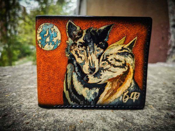 Кожаный кошелек пара волков фото
