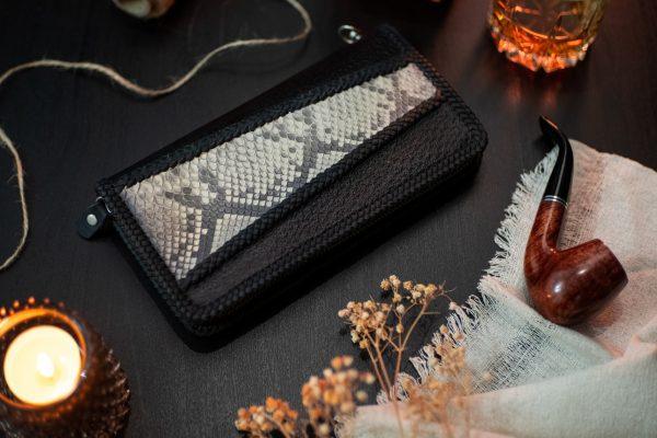 черный кожаный кошелек на молнии с питоном фото 5