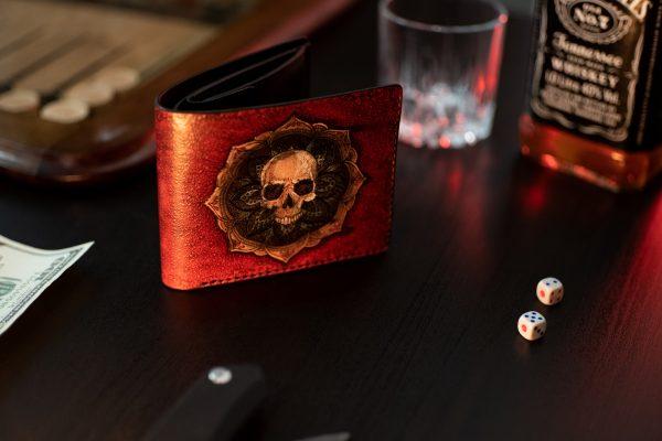 женский красный кожаный кошелек череп фото 1